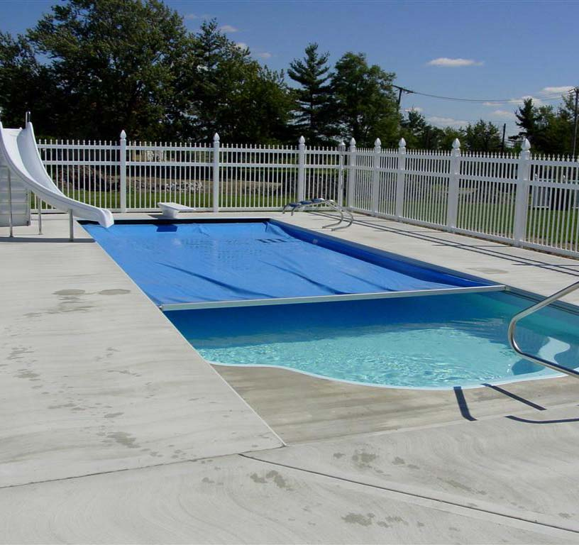 Covers haymore construction swimming pools - Swimming pool evaporation control ...